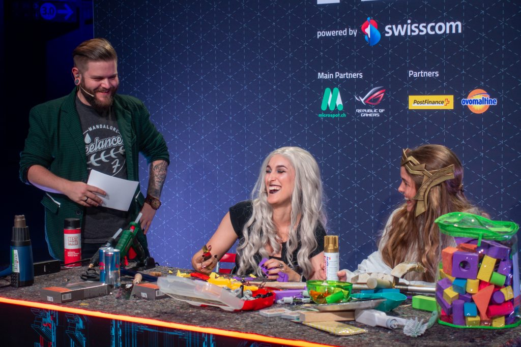 Cosplayerinnen am HeroFest 2020